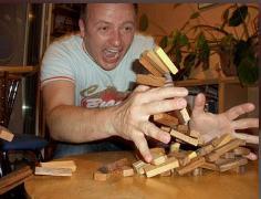 بازی جنگا JENGA با ۵۴ قطعه چوبی