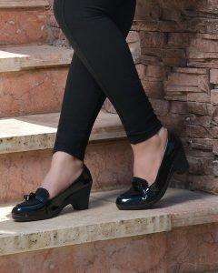 کفش ورنی زنانه سگک دار شیک و مجلسی