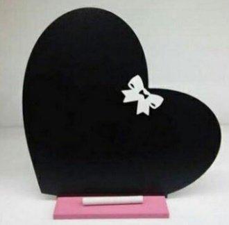 تخته سیاه طرح قلب مناسب یادداشت های روزانه