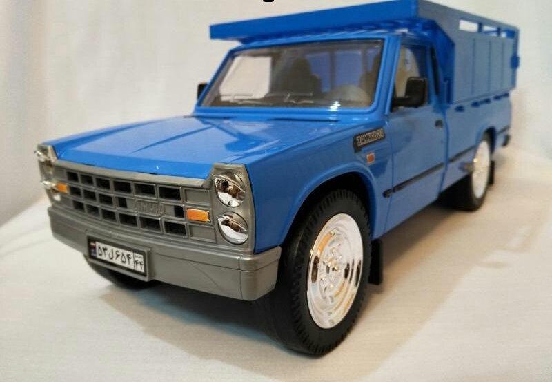 نیسان آبی ماشین اسباب بازی جذاب ساخت دُرج توی