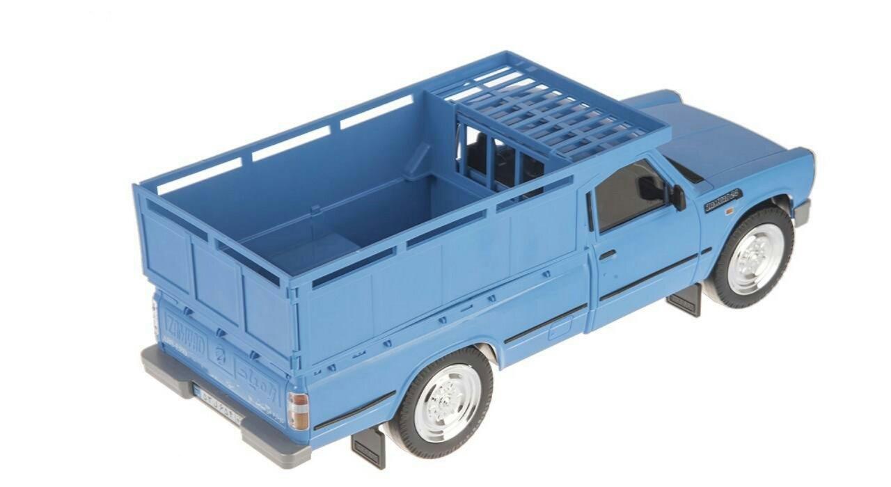 Blue-Nissan-Toys_3