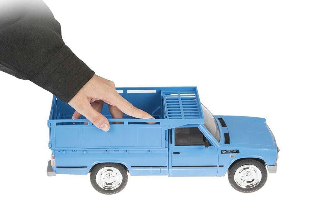 Blue-Nissan-Toys_4