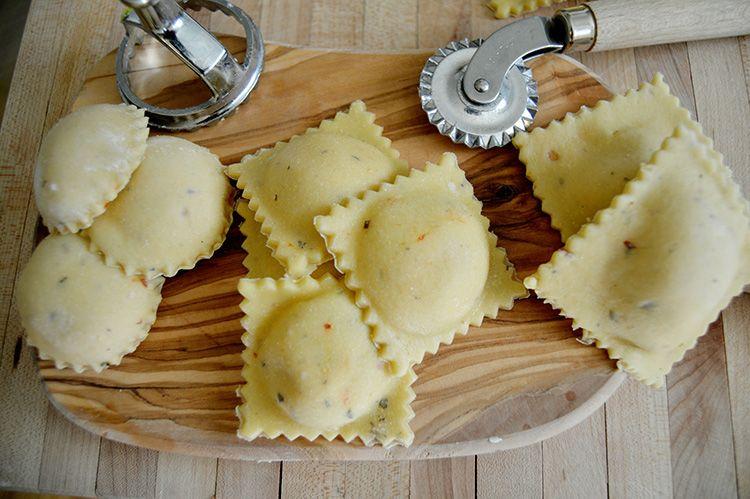 آموزش درست کردن پاستای شکم پر بالشتی راویولی غذای ایتالیایی