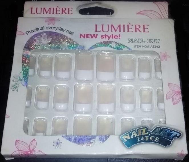 LUMIERE-nail_white