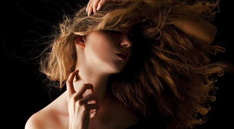 woman perfum
