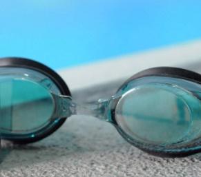 محلول ضد بخار شیشه عینک شنا