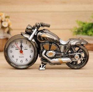 ساعت رومیزی دکوری طرح موتورسیکلت دارای زنگ هشدار