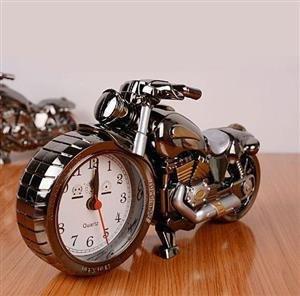 ساعت رومیزی دکوری موتورسیکلت