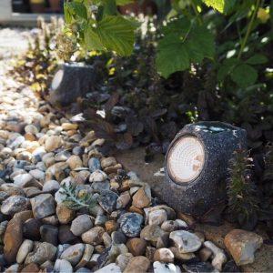 سنگ مصنوعی LED چراغ خورشیدی طرح سنگ