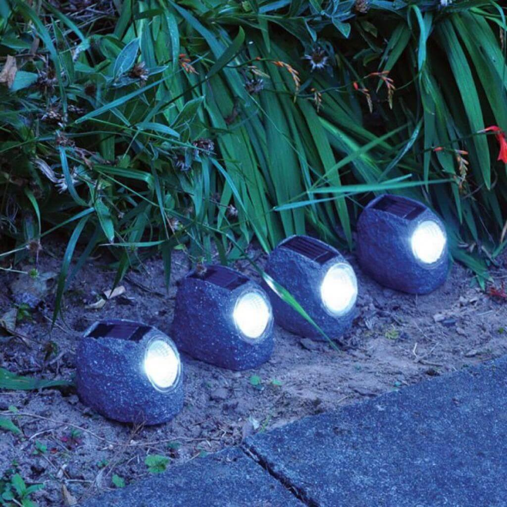 چراغ خورشیدی طرح سنگ